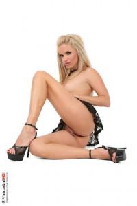 Liza long legs