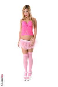 Cute blonde nude pics - Lola Reve blonde stripper
